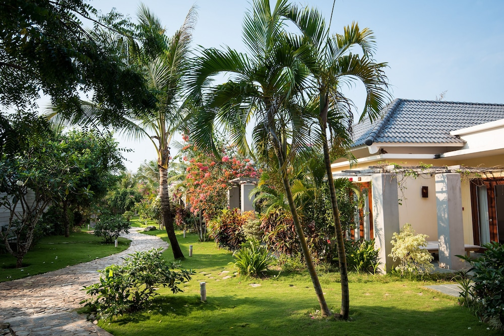 Property Grounds, Eden Resort Phu Quoc