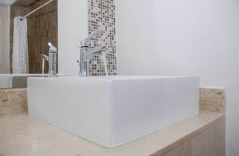 Standard Room - Bathroom Sink
