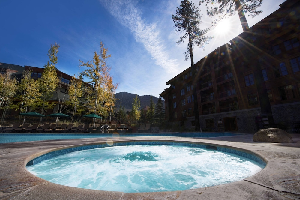 Outdoor Spa Tub, Grand Residences by Marriott, Tahoe - 1 to 3 bedrooms & Pent