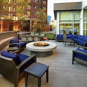 Courtyard by Marriott Cleveland University Circle