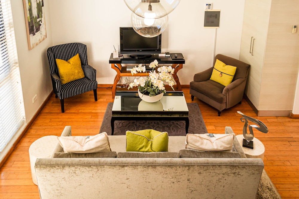 Lounge, The Ivy Apartments