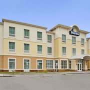 Days Inn by Wyndham Victoria