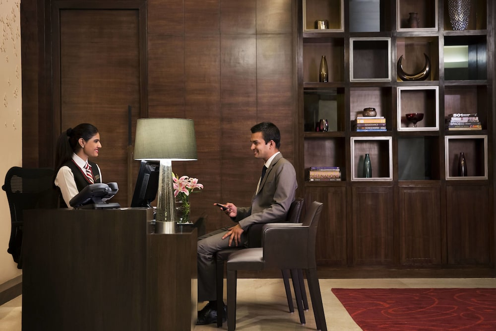 Business Center, Bengaluru Marriott Hotel Whitefield