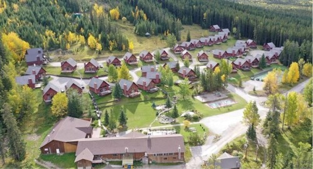 Aerial View, Banff Gate Mountain Resort