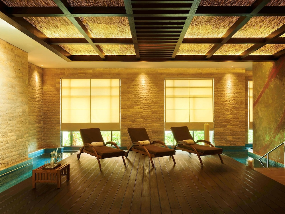Sofitel dubai the palm resort spa dubai reviews for 7 shades salon dubai