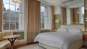 Egyptian cotton sheets, in-room safe, individually decorated