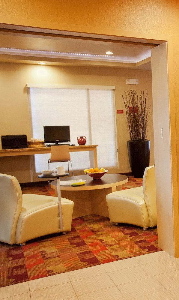 Business Center, TownePlace Suites by Marriott Galveston Island