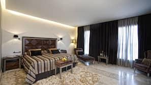 1 dormitorio, ropa de cama de alta calidad, caja fuerte y escritorio