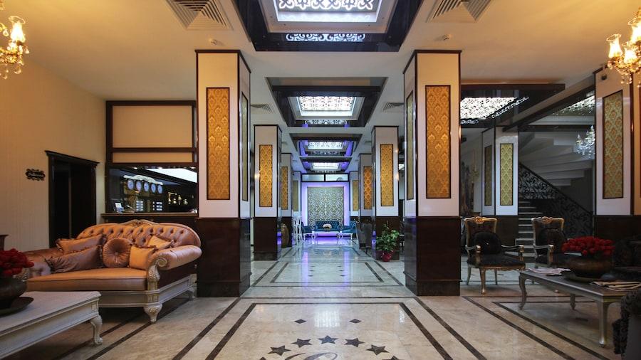 Grand Corner Hotel - Boutique Class