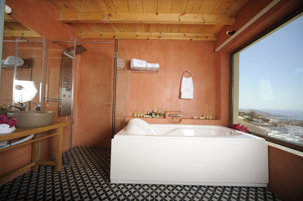 Private Spa Tub, Stefanos Village