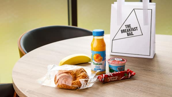 Daily to-go breakfast (GBP 6.50 per person)