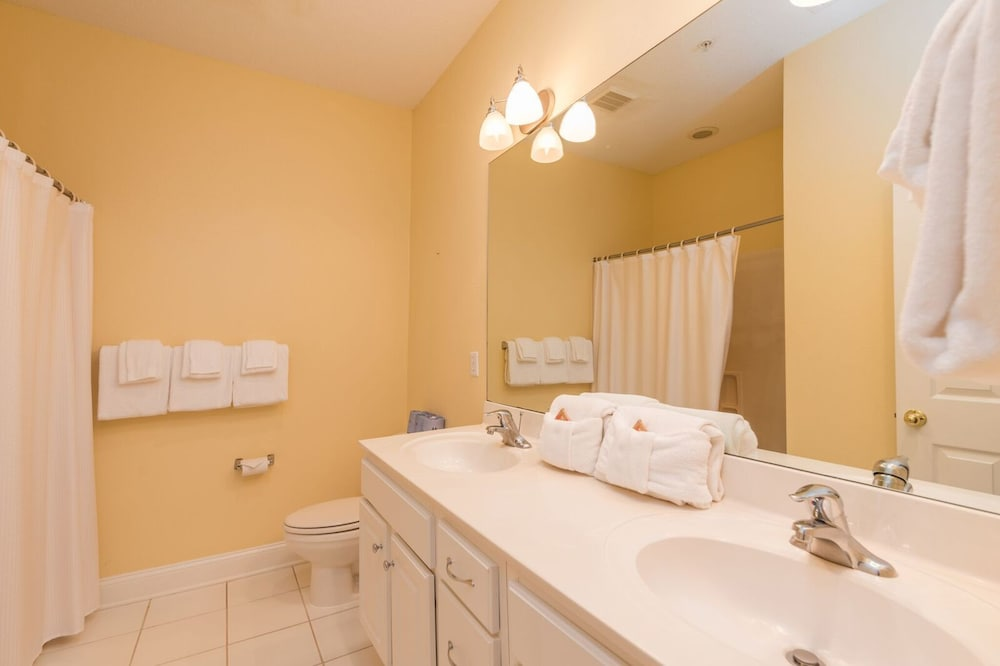 Bathroom, Coral Sands Resorts by Palmera