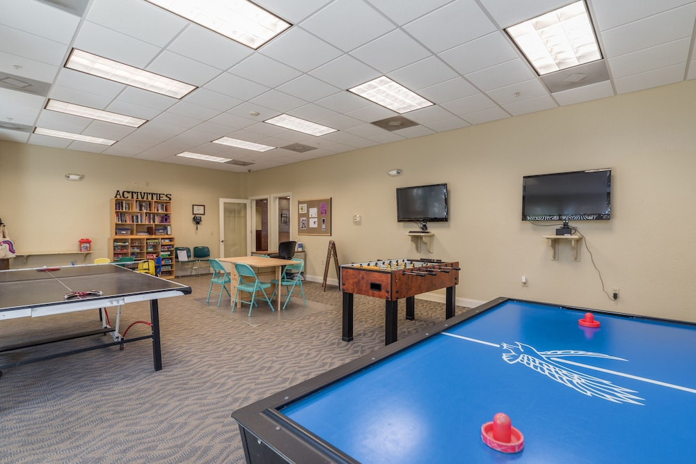 Game Room, Coral Sands Resorts by Palmera