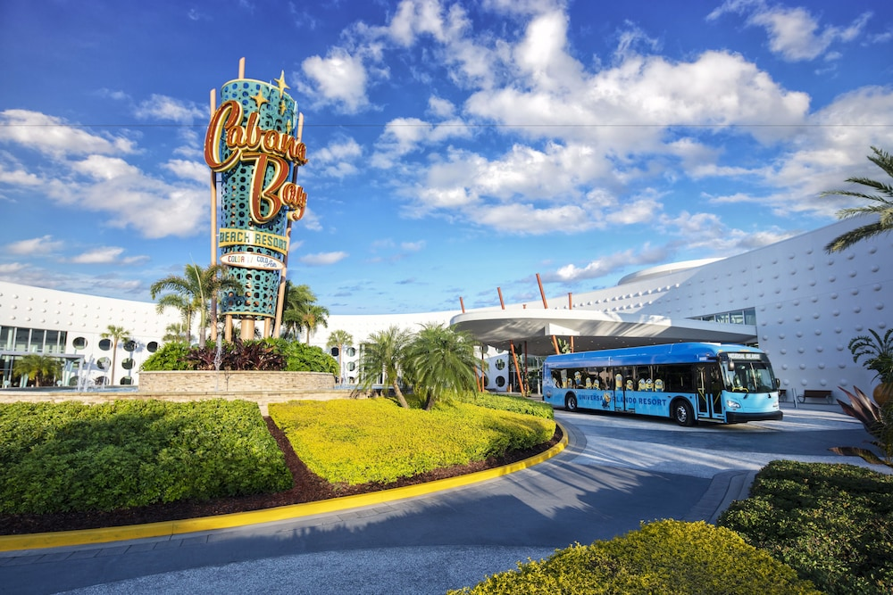 Theme Park Shuttle, Universal's Cabana Bay Beach Resort