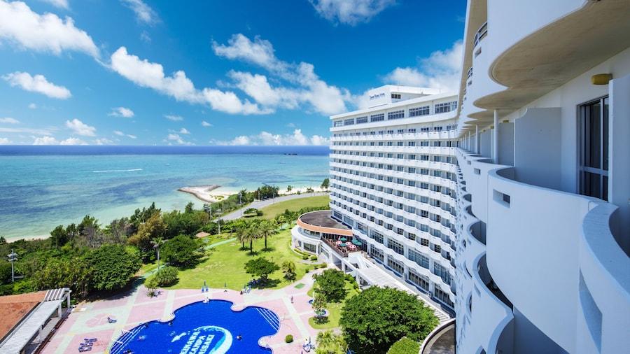 沖繩殘波岬皇家酒店
