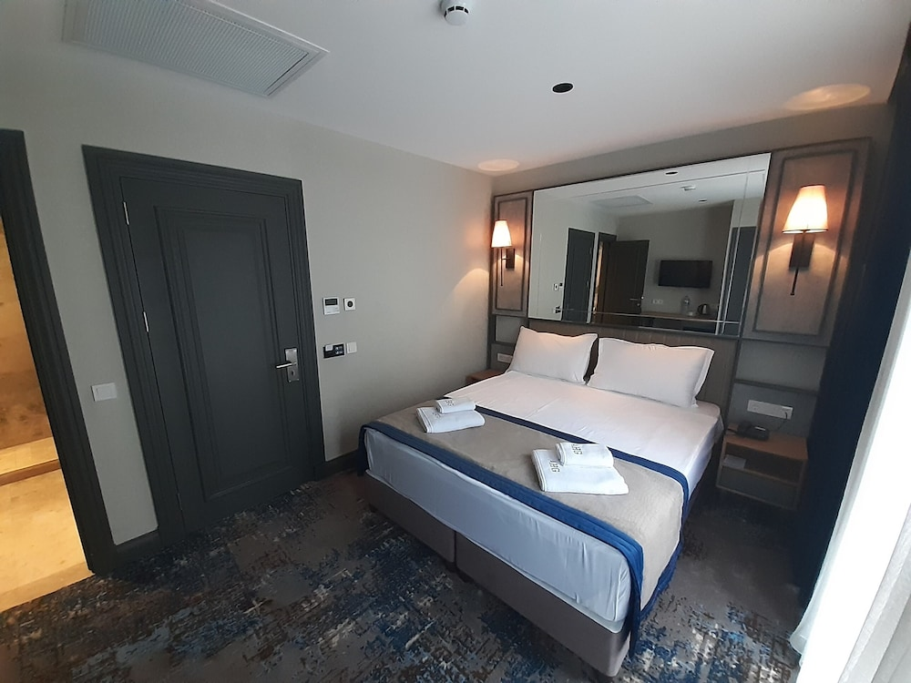 Room, Pera Orient Suites