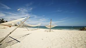 Private beach nearby, kayaking, fishing
