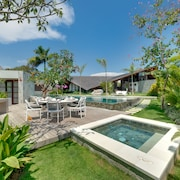 The Layar - Designer Villas & Spa