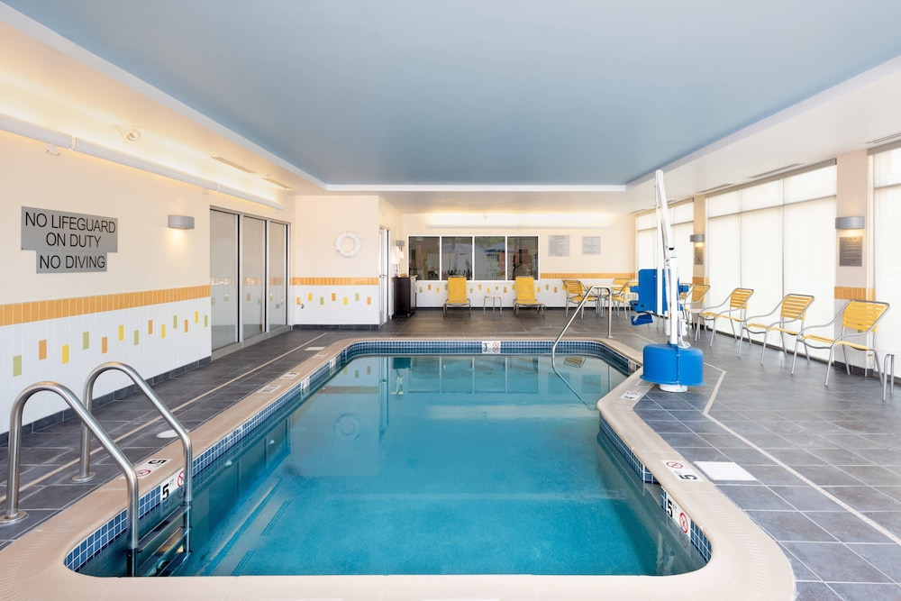 Indoor Pool, Fairfield Inn & Suites DuBois