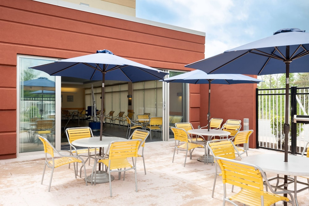 Terrace/Patio, Fairfield Inn & Suites DuBois