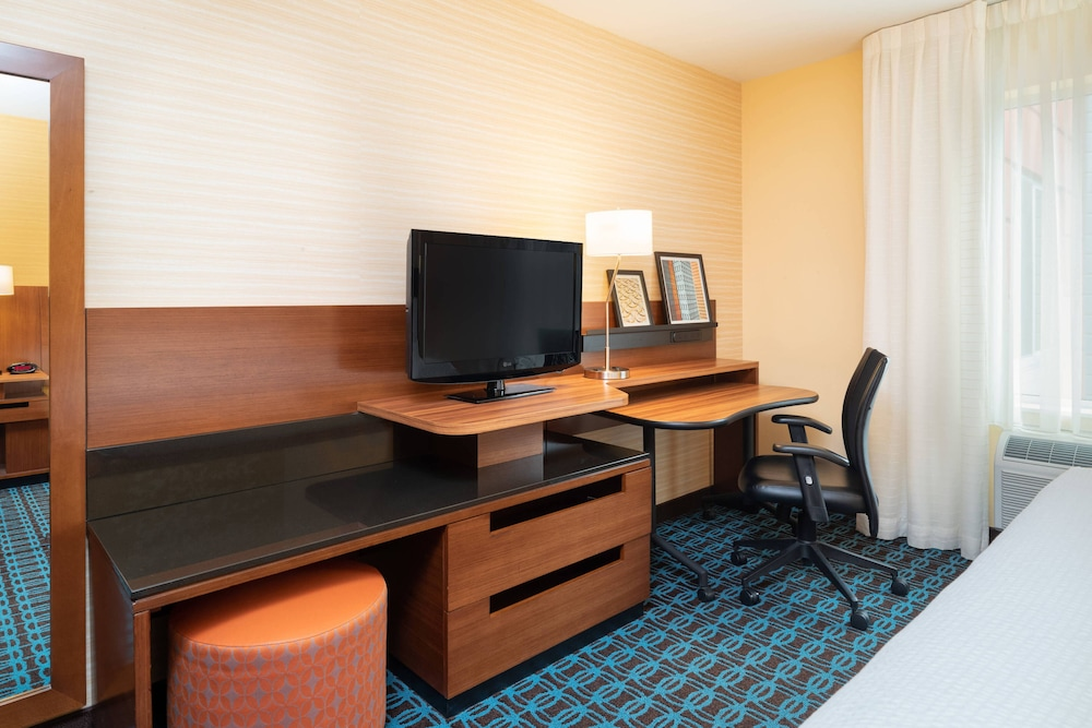 Room, Fairfield Inn & Suites DuBois