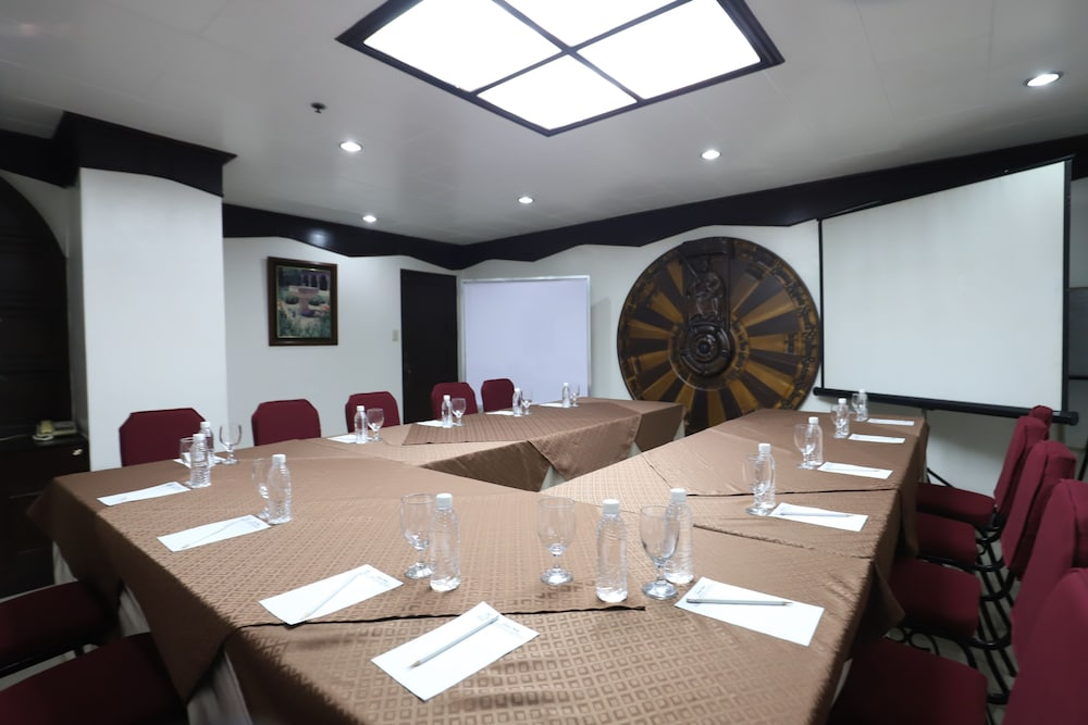 Meeting Facility, New Camelot Hotel