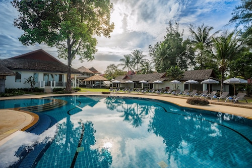 Hive Khaolak Beach Resort - Adults Only