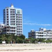 Beachside Condominium