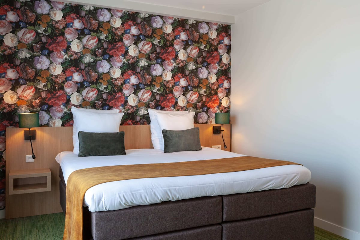 Spacious Hotel Room W Double Bed Bike Rental Restaurant 2021 Room Prices Deals Reviews Expedia Com