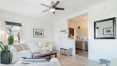 Sunset Executive Corner Suite - Renovated 1bd/1ba