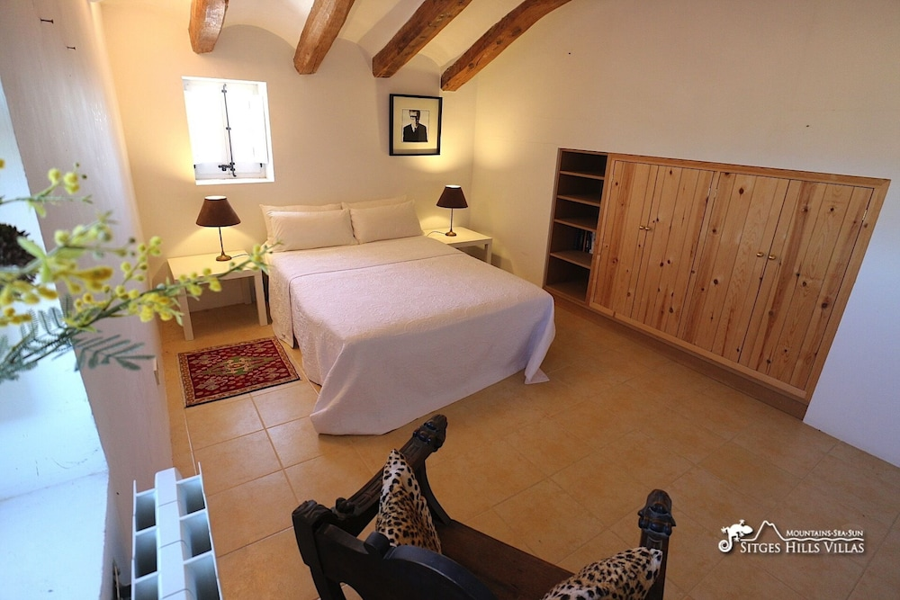 Room, Amazing Masia Cal Saumell With Private Pool