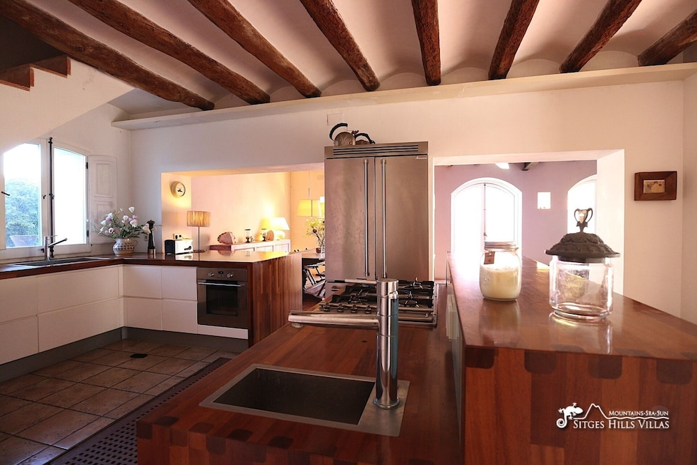 Private Kitchen, Amazing Masia Cal Saumell With Private Pool