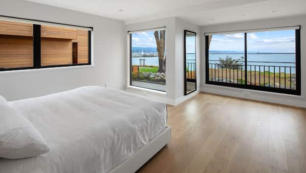 2 quartos, ferros/tábuas de passar roupa, Wi-Fi, roupa de cama
