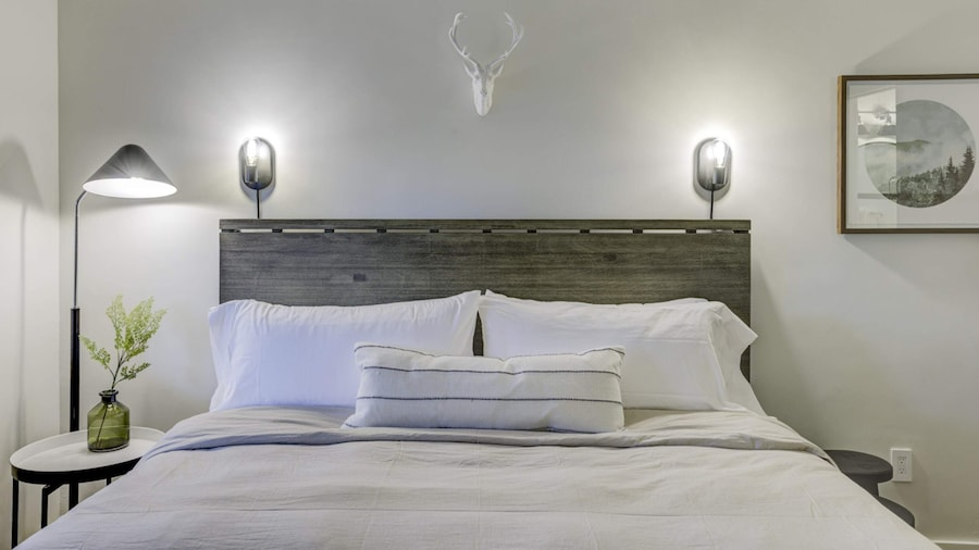 Brand New Boutique Stay - Stateline, Heavenly, Beach - South Lake Chalet