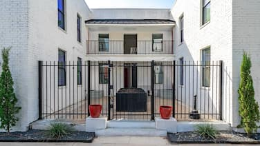 Abode Houston - Montrose/Downtown