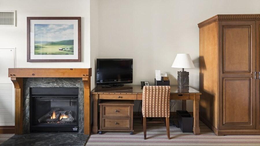 1228 Studio at The Lodge at Spruce Peak