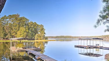 New! Peaceful Tignall Cabin on Strom Thurmond Lake