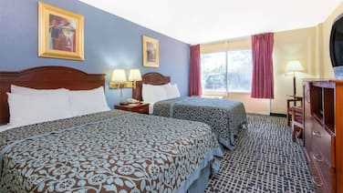 Sky-palace Inn & Suites Wichita East-deluxe 2 Queen Bed Non Smoking