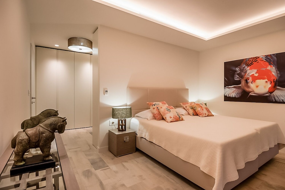Room, Luxury Villa Murano with private heated swimming pool, gym, sauna at the beach in Sumartin - Brač