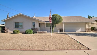 New! Quiet Home in Sun City - Golf & Hike Nearby!