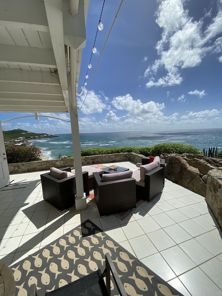 Balcony, Private Apartment With Stunning Ocean Views and Pool