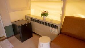 設計自成一格、家具佈置各有特色、窗簾、床單