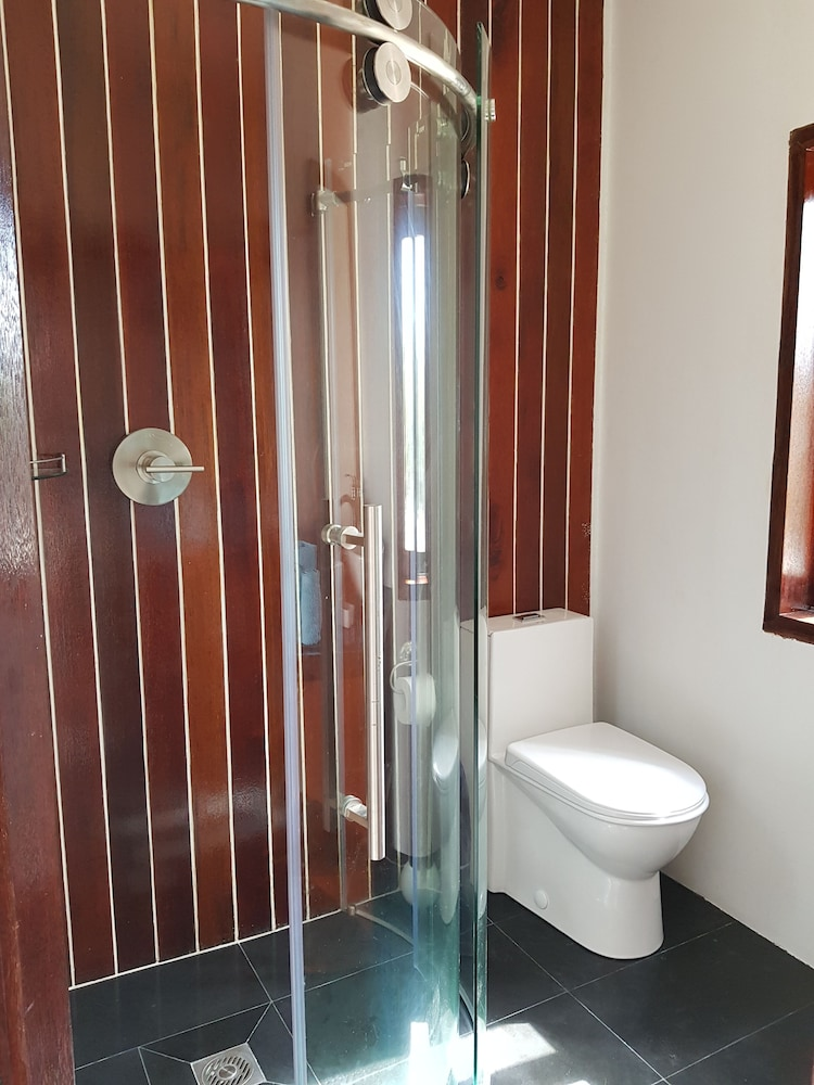 Bathroom, Castle Studio (single room) close to Long Bay Kitebeach