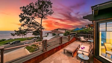 25% OFF Jan! Amazing Laguna Beach Cliff House, Gorgeous Views + Walk to Beach