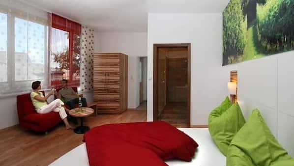 1 bedroom, Internet, wheelchair access