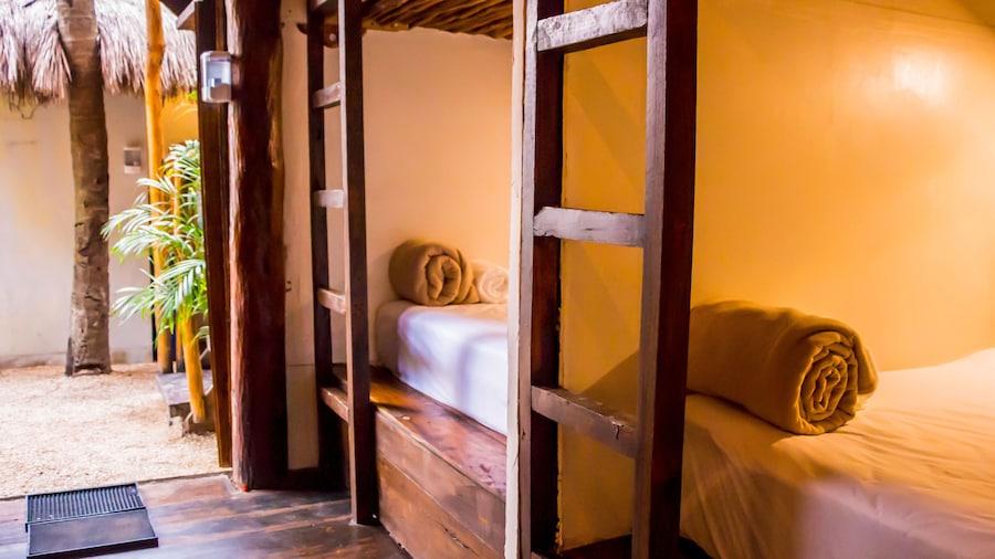 oOstel Smart Hostel - Tulum Playa