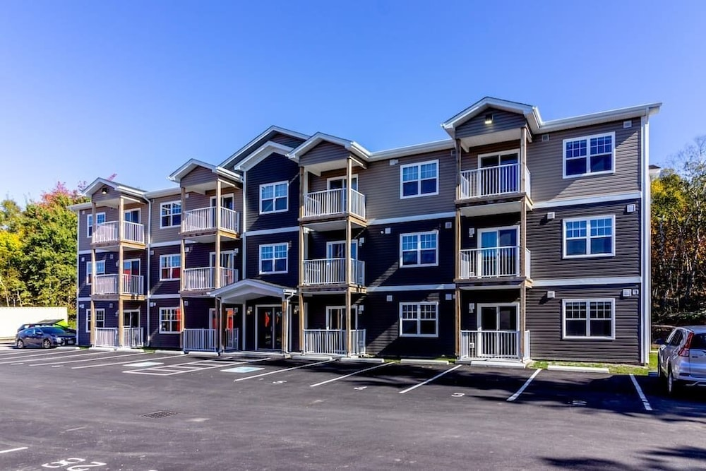 Exterior, Newly Renovated Modern Condo  Near Hospital, UNB  Patio & Parking  Coffee