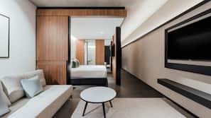Premium bedding, pillowtop beds, minibar, desk