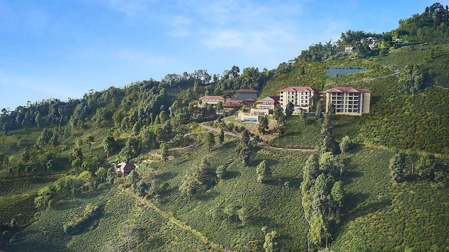 Taj Chia Kutir Resort & Spa Darjeeling