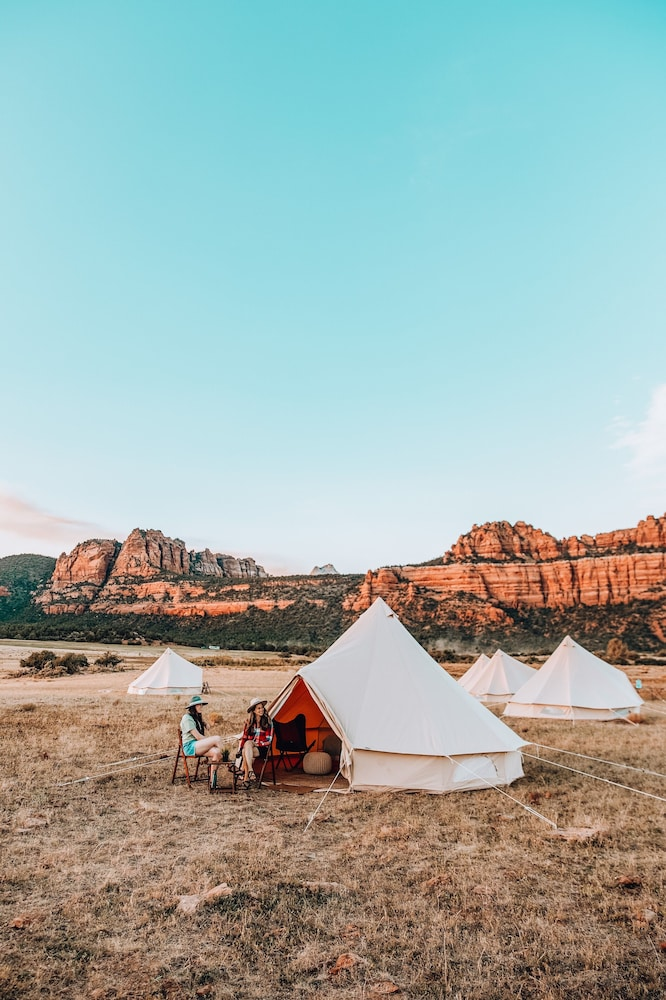 Featured Image, Wander Camp Zion